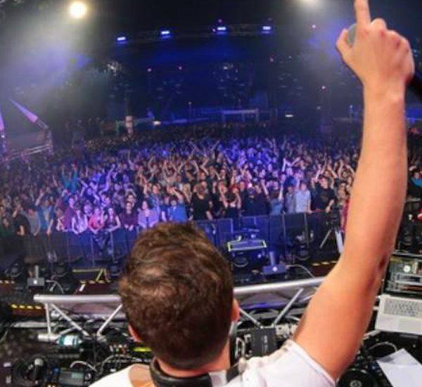 Go to Gö DJ Tag